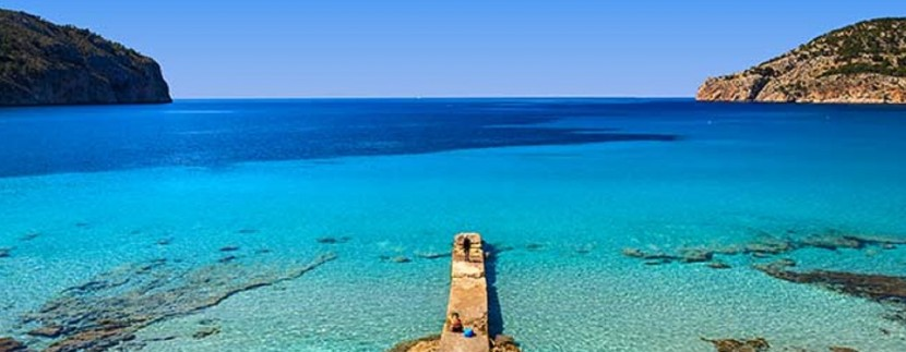jetty_sea_horizon_beach_bay_mountains_camp_de_mar_mallorca_majorca_balearic_islands_spain_6980